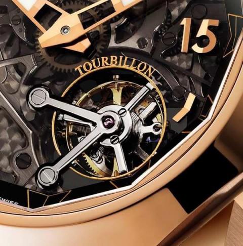 手腕间的挚爱,CORUM昆仑海军上将手表,物超所值的经典腕表